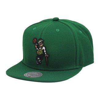 Boné Mitchell   Ness Aba Reta Snapback Nba Celtics 52a56093c0ffa