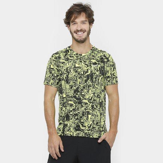 Camiseta Nike Dri-Fit Miler SS Print Masculina - Compre Agora  64857a85666e4