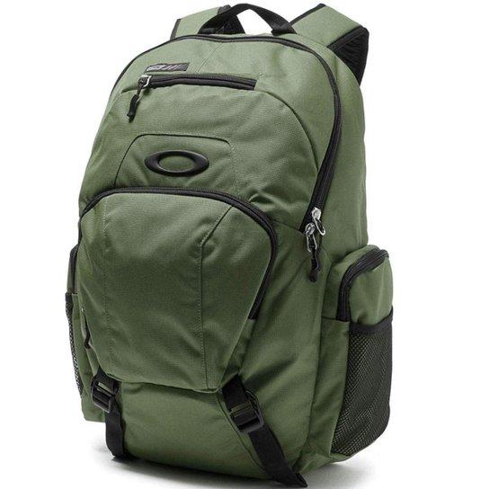676a8416e94de Mochila Oakley Blade 30 Militar - Verde - Compre Agora