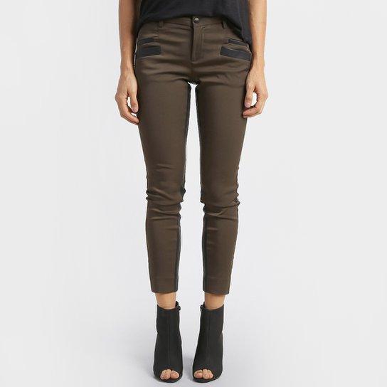 fa0a44ed3 Calça Calvin Klein Skinny - Verde+Preto