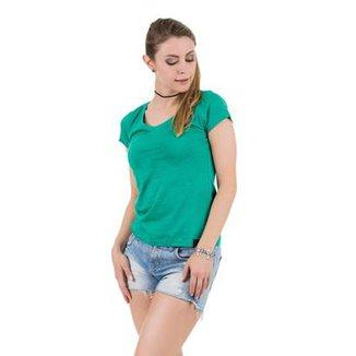 Compre Camiseta Verde Online  53e7677e4a9f7
