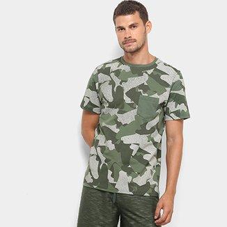 c547210b18d59 Camiseta Burn Camuflada Sneakers Masculina
