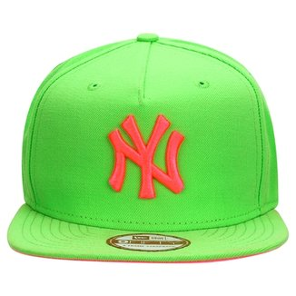 Boné New Era 950 MLB Af Lime Color New York Yankees ca9de2ae47c