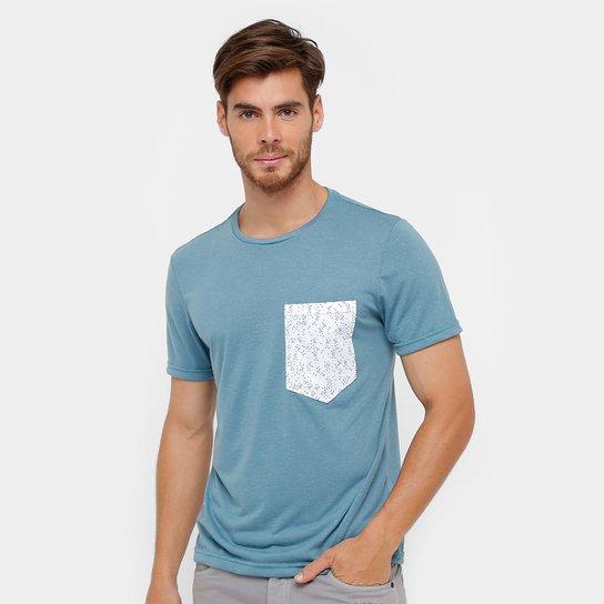 d0e35e1603 Camiseta Tigs Bolso Mini Print Masculina - Azul