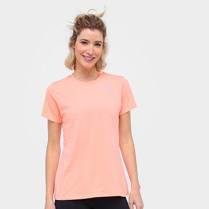 Camiseta New Balance Relentless Crew Feminino