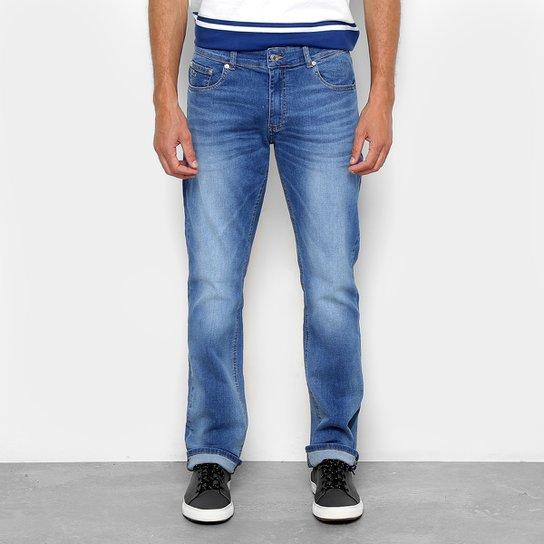 5c75a41e8f179 Calça Jeans Reta Lacoste Straight Fit Stone Masculina - Azul Claro ...