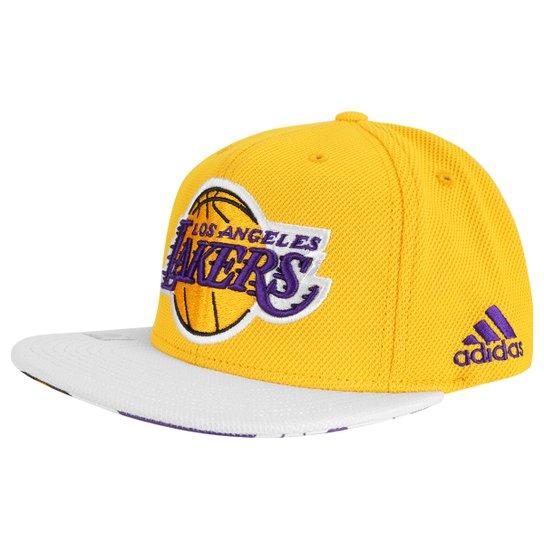 0e0068f1b5ca0 Boné Adidas Flat NBA Lakers - Amarelo e Roxo - Compre Agora
