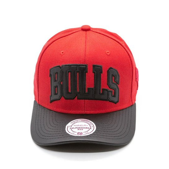 Boné Mitchell   Ness Team Wool Leath NBA Chicago Bulls Snapback - Vermelho +Preto 849ecf87ae1