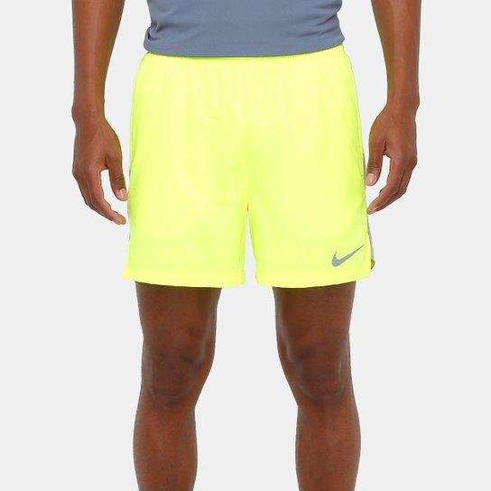 b8abd36b2b Short Nike Flex Challenger Running Dri-Fit 5 Polegadas Masculino - Amarelo  Fluorescente