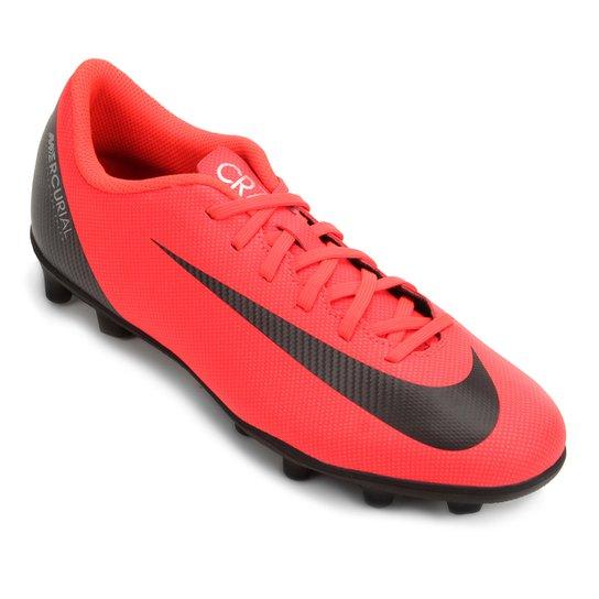 79856c5f3eaae Chuteira Campo Nike Mercurial Vapor 12 Club CR7 FG - Vermelho e ...