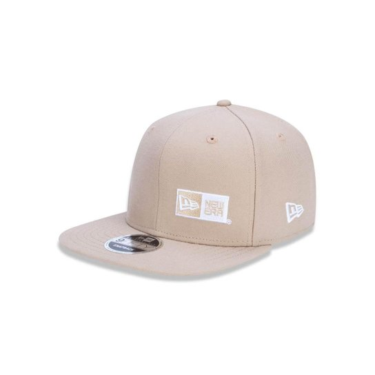 a19aad7547e06 Boné 950 Original Fit Branded Aba Reta Snapback New Era - Cáqui ...