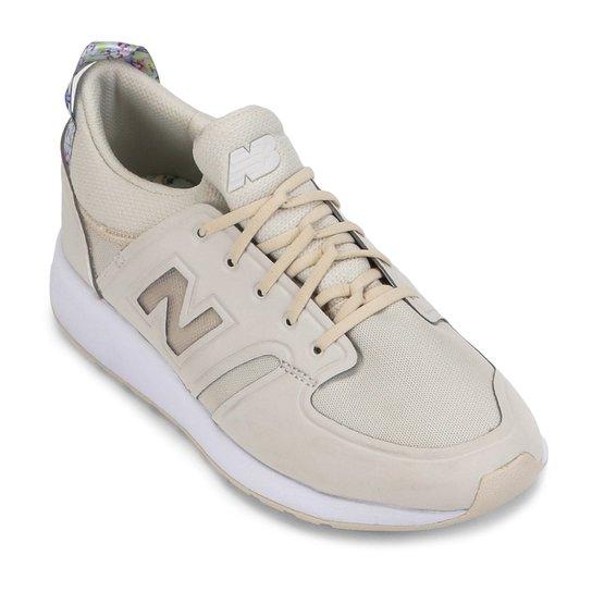 a5a3fb8e1ce Tênis Couro New Balance 420 Feminino - Branco e Bege - Compre Agora ...