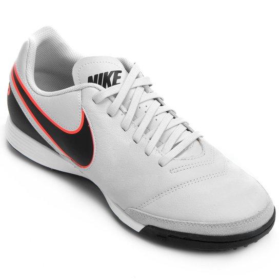 8744feaa6f Chuteira Society Nike Tiempo Genio 2 Leather TF Masculina - Cinza e ...