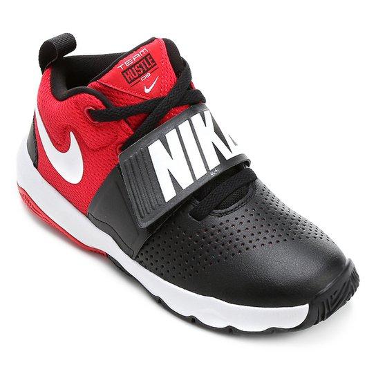 f8534dd2e3a Tênis Infantil Nike Team Hustle D8 Masculino - Preto e Vermelho ...
