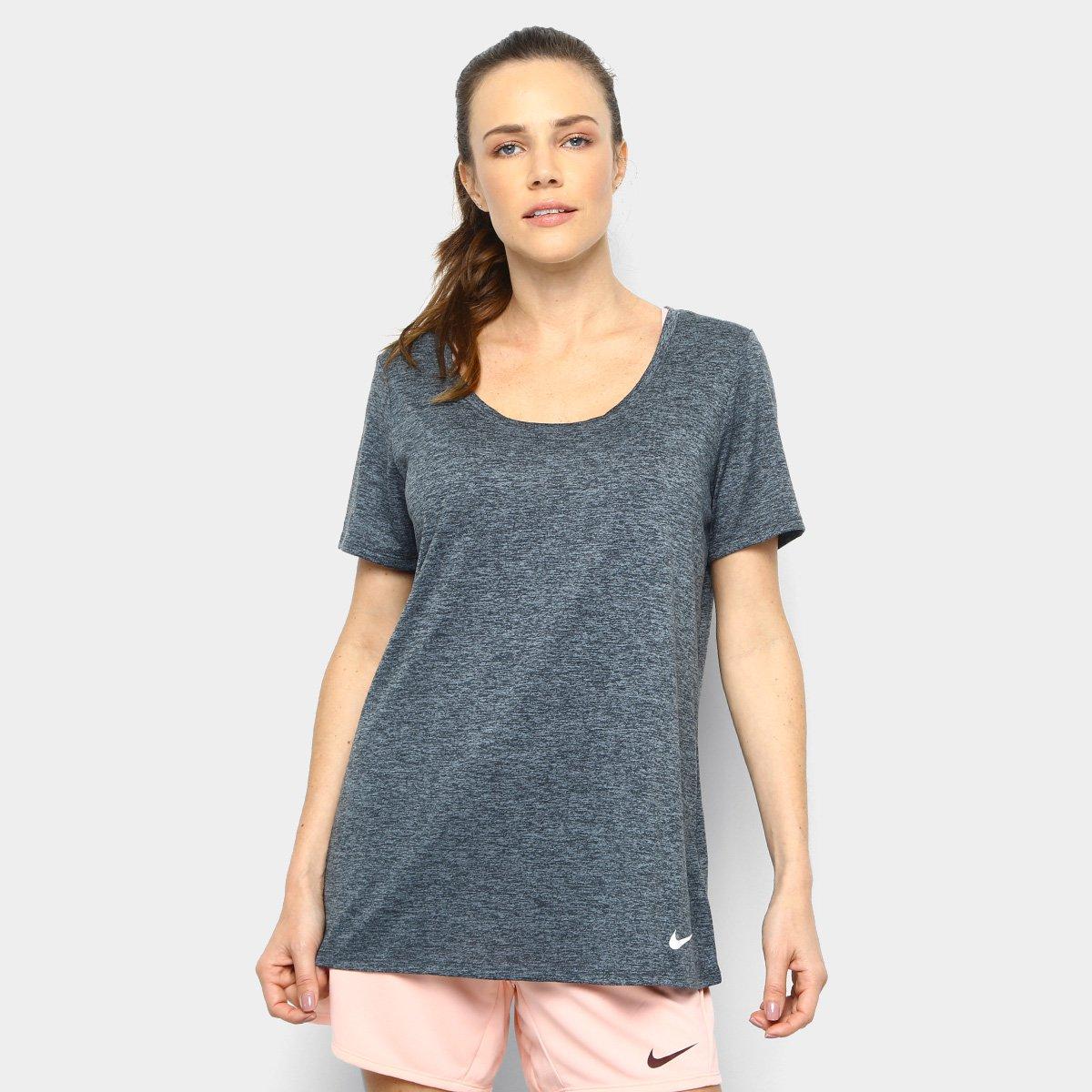 640c674dc8 Camiseta Nike Dry Ss Lgnd Scp Xdye Feminina