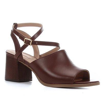 Sandália Couro Shoestock Salto Bloco Madeira Feminina