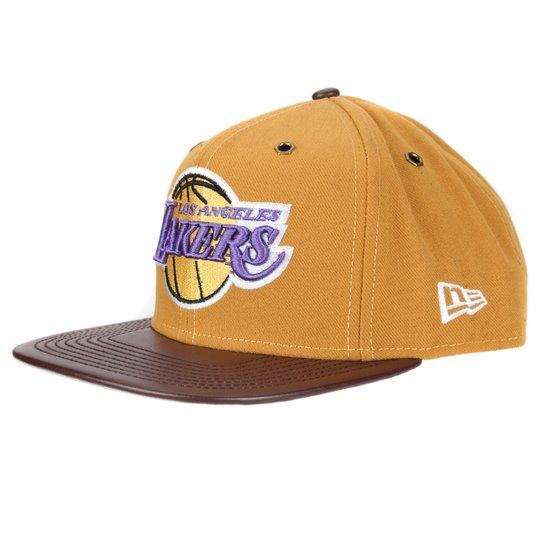 Boné New Era NBA 950 Of Sn Metal Hook Snap Los Angeles Lakers - Bege+ afcc8e64750