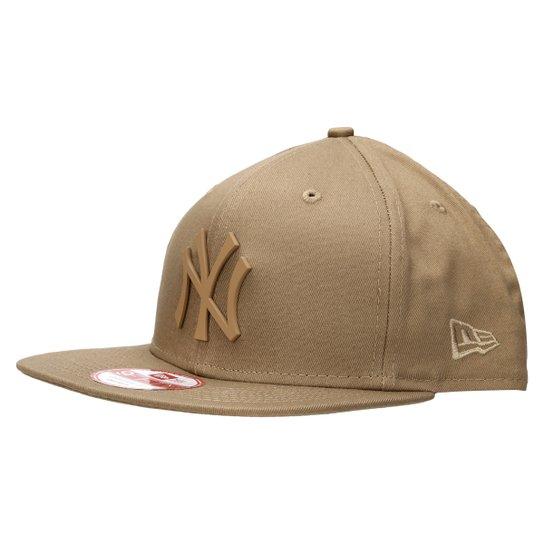 b8aa73ecb4713 Boné New Era 950 Of Sn Rubberized New York Yankees Bkh - Marrom Claro