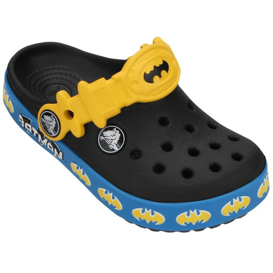 537f604f9b Sandália Crocs Crocband Batman Infantil - Compre Agora
