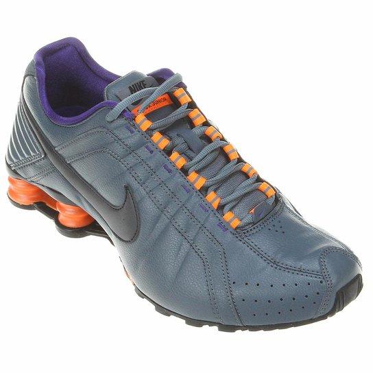 8a30d658d29 Tênis Nike Shox Junior - Grafite+Laranja