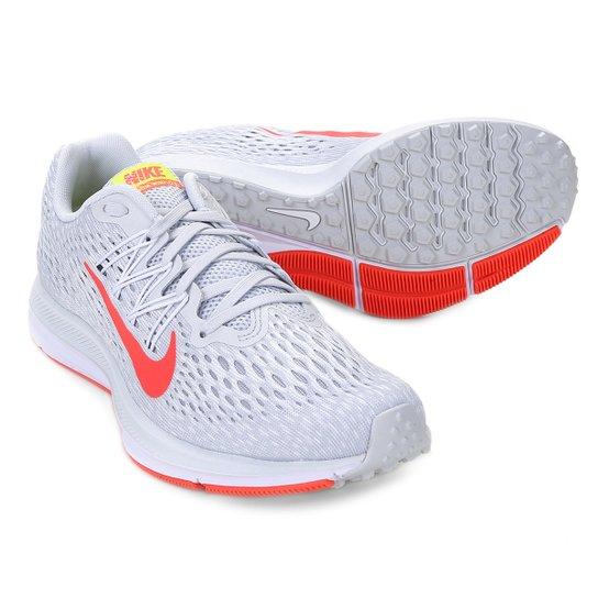 edc9d7194 Tênis Nike WMNS Zoom Winflo 5 Feminino - Prata e Vermelho - Compre ...