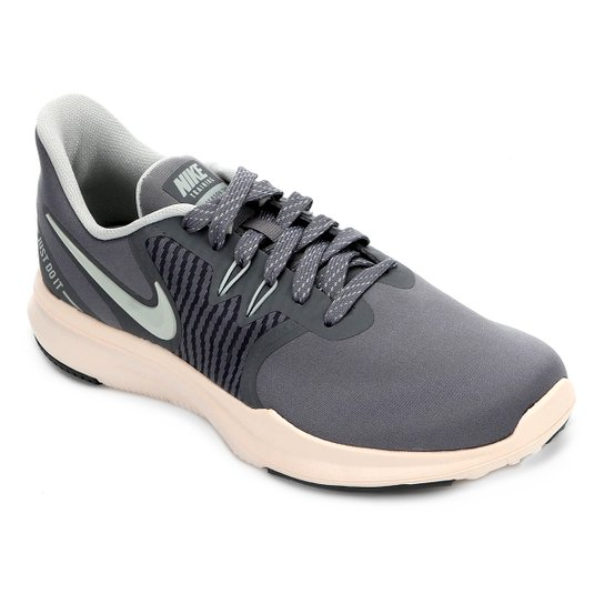 be21c47f173 Tênis Nike In-Season Tr 8 Feminino - Cinza e Bege - Compre Agora ...
