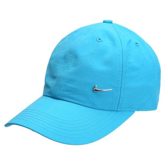 Boné Infantil Nike Aba Curva Heritage 86 Metal Swoosh Masculino - Azul  Piscina 12a5b20f162