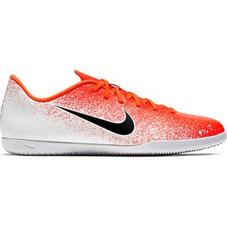 ac12a49989 Chuteira Futsal Nike Mercurial Vapor 12 Club