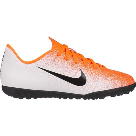bc74592e6114b Chuteira Society Infantil Nike Mercurial VaporX 12 Club GS TF - Laranja+ Branco