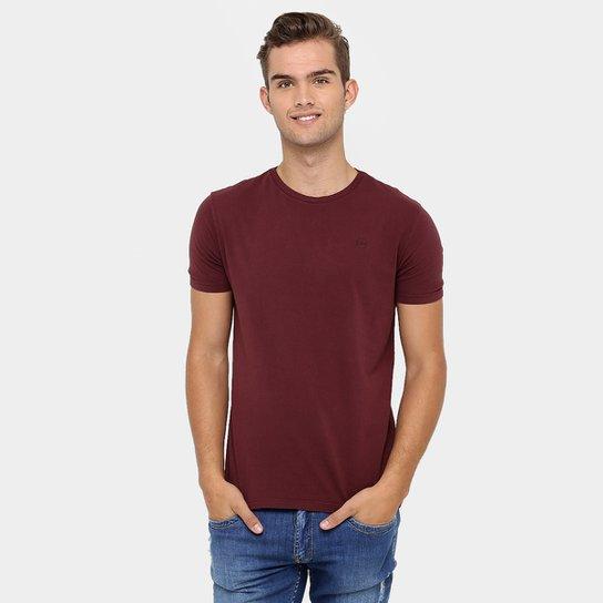 ad931c8743d41 Camiseta Calvin Klein Básica - Compre Agora