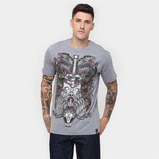 2de649d5d3 Camiseta Blunt Collab Nocivo V. - Cinza