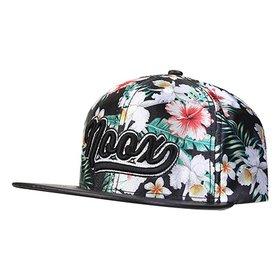 Boné Bora Floral Masculino - Azul e Rosa - Compre Agora  1b630154836