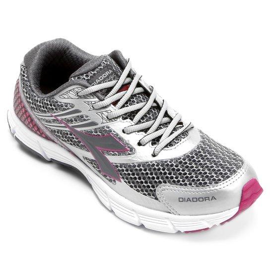 5876cf219e Tênis Diadora Speed Feminino - Prata e Pink - Compre Agora