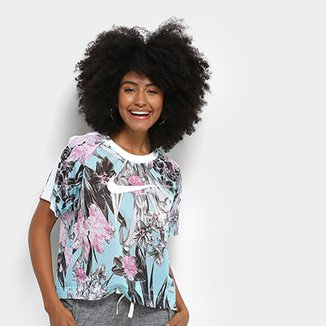 0203ae95cf Camiseta Nike NSW Floral Feminina