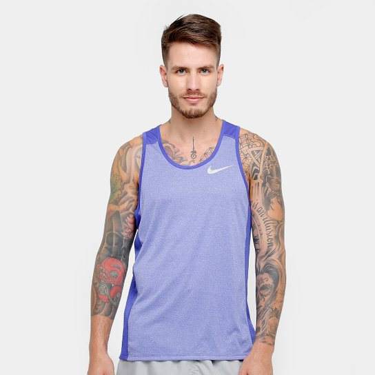 55329e2ee8 Regata Nike Dri-Fit Miler Masculina - Roxo