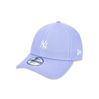 Boné 940 New York Yankees MLB Aba Curva New Era 2d589d9a13e