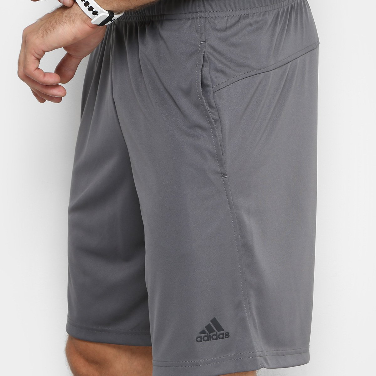 82d45a6f23 Bermuda Adidas Plain Masculina - Cinza e Preto - Compre Agora