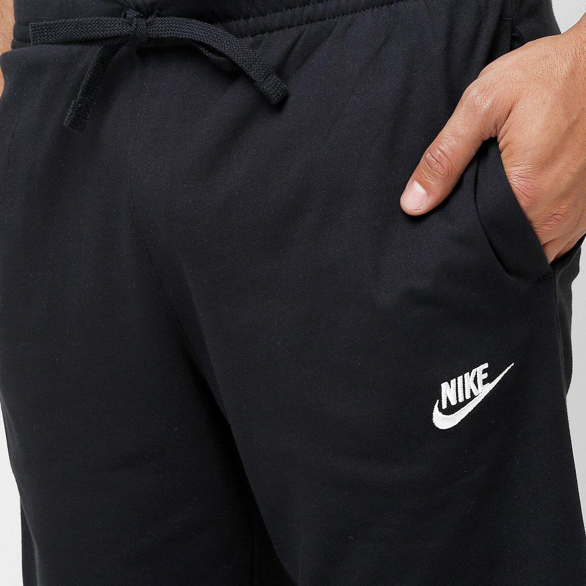 Bermuda Moletom Nike Jersey Club Reta Masculina - Preto e Branco ... fe600d88b6058