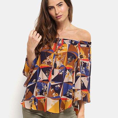 A Blusa Cantão Ombro a Ombro Estampada Feminina traz um tom delicado aos looks de meia estação. Com manga ciganinha e de...