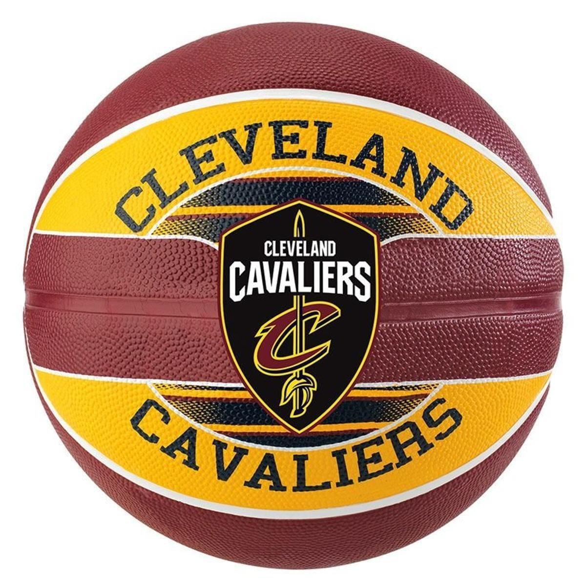 ecb9e1895 Bola de Basquete Spalding NBA Cleveland Cavaliers Team - Marrom e Amarelo -  Compre Agora