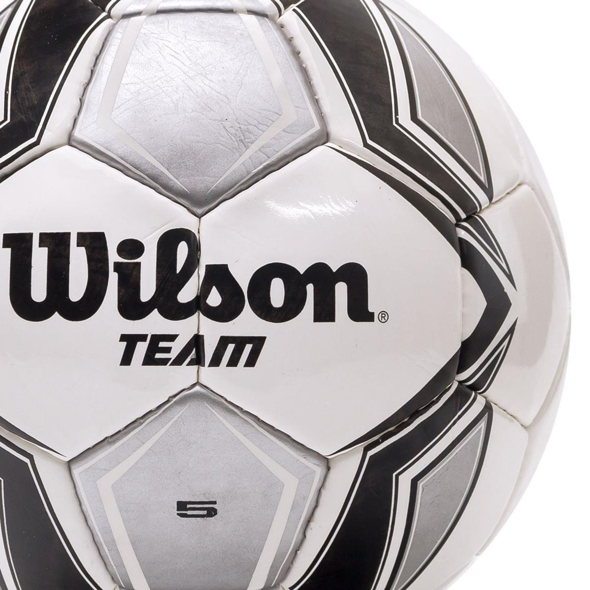 bcc24dd980 Bola Futebol Campo Wilson Team - Preto e Prata - Compre Agora