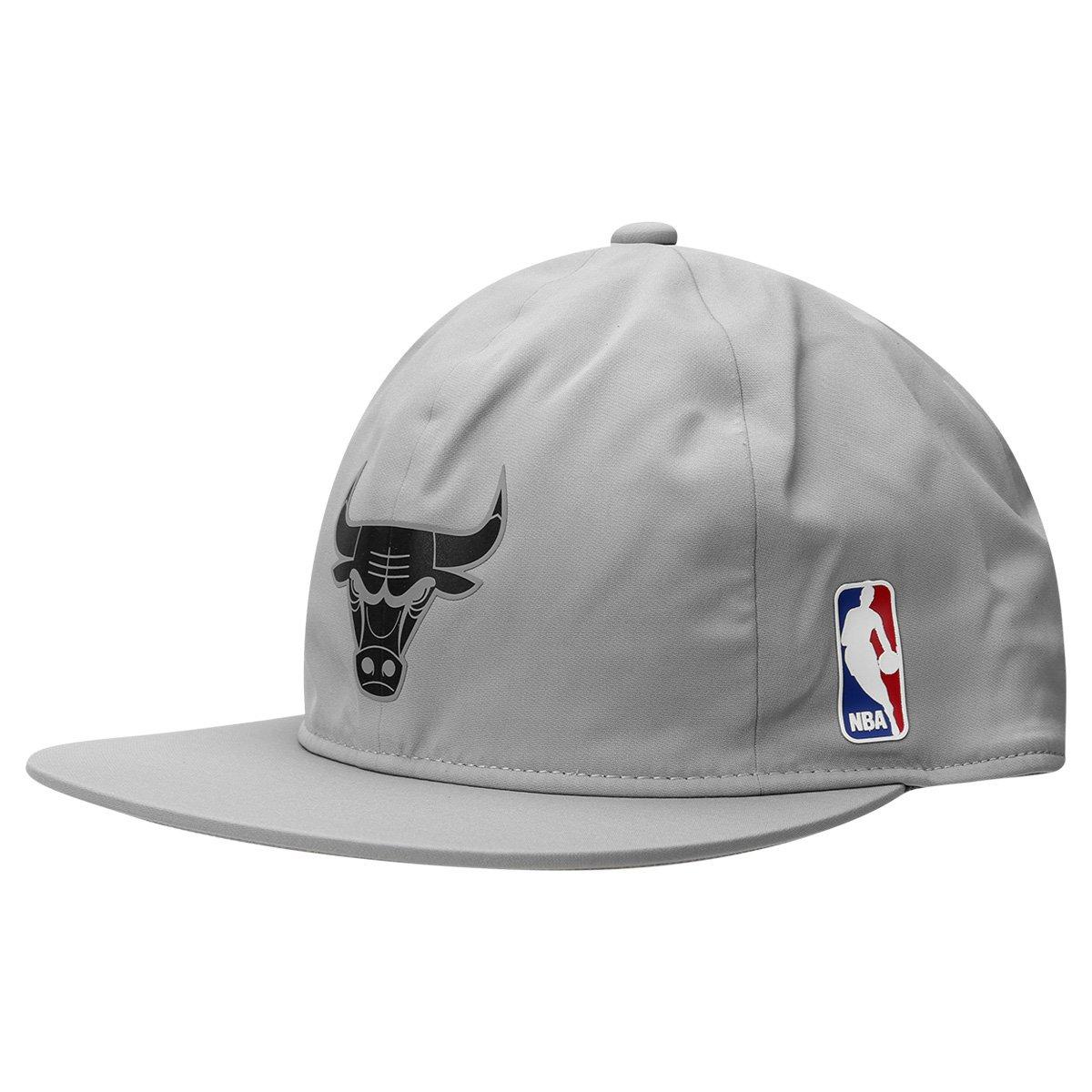 c0d7d8859b4ab Boné Adidas Aba Reta NBA Sbc Chicago Bulls - Compre Agora