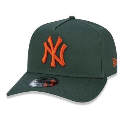 Bone New York Yankees 940 Veranito Logo Verde New Era