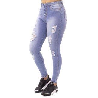 Calça Jeans Clara Feminina Destroyed Botões Encapados No Alcance
