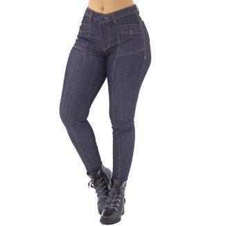 Calça Jeans Feminina Cigarrete, Bolsos Traseiros com botões No alcance