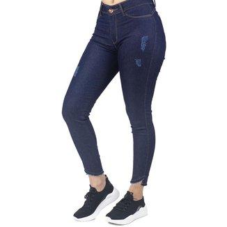 Calça Jeans Feminina Cigarrete Com Detalhe na Barra No Alcance