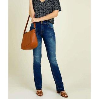 Calça Jeans Flare Feminina Barra Desfiada Biotipo - 10045891540