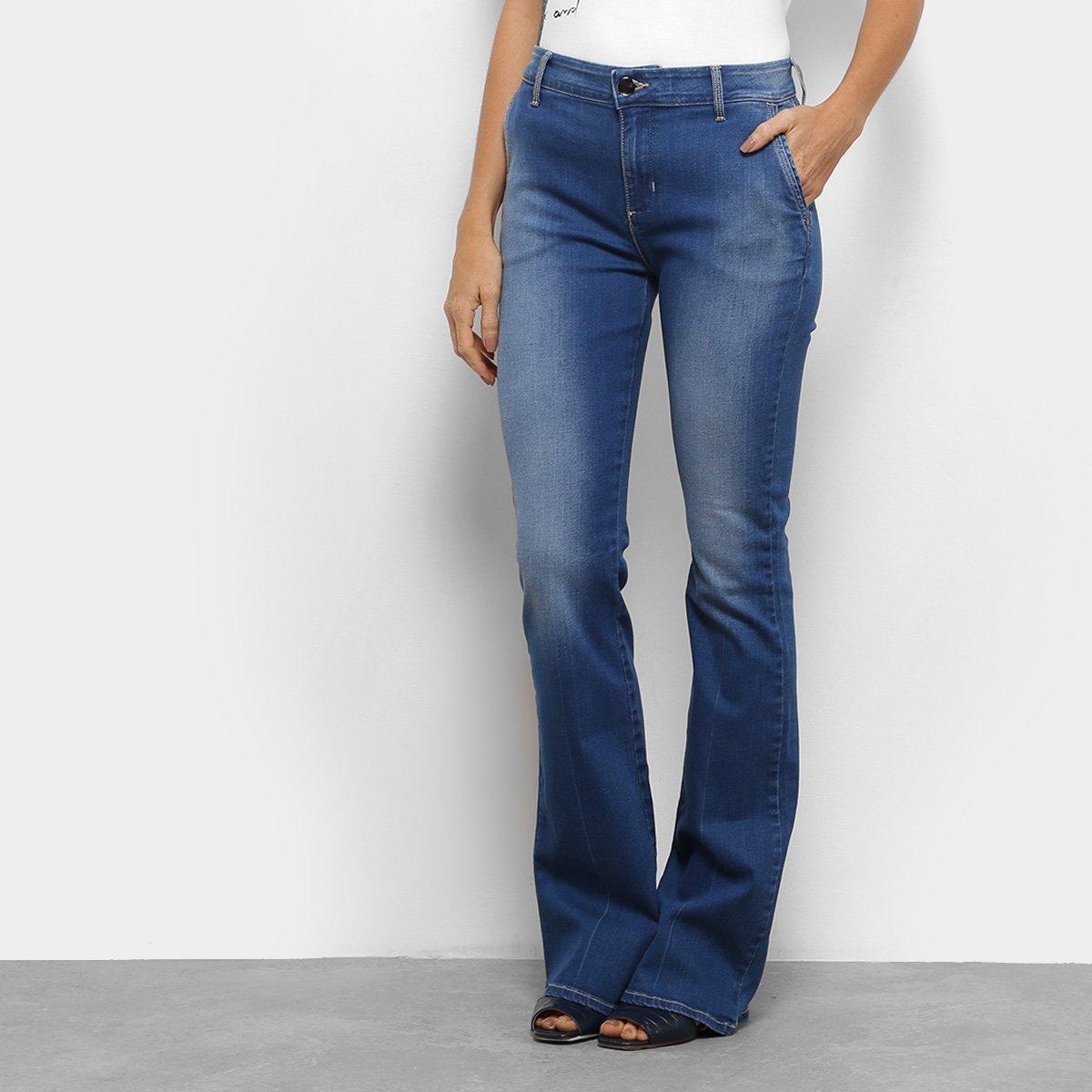 b7c796f05 Calça Jeans Flare Forum Estonada Cintura Média Feminina - Compre Agora