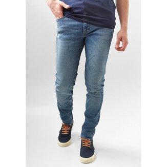 Calça Jeans Levi's Skinny Taper