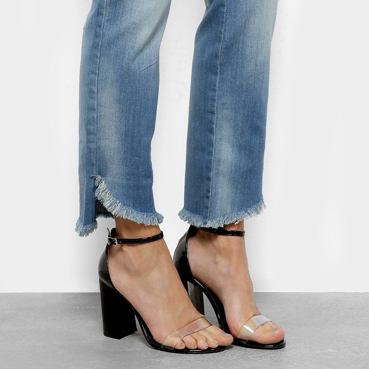 9207fca79c Calça Jeans Reta Forum Marisa Cintura Média Feminina - Azul - Compre ...